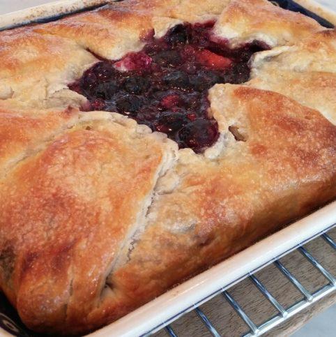 Rustic fruit pie