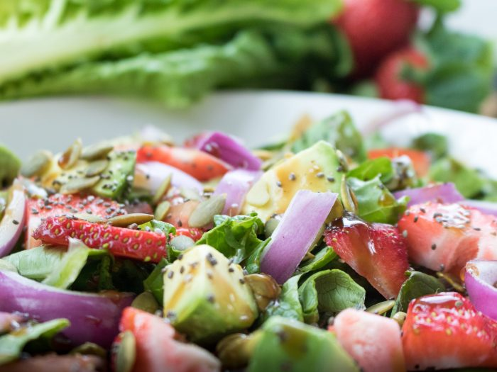 Olive Oli and Balsamic Vinaigrette Salad Bowl Upclose